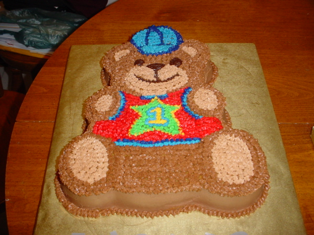 Whose Having A Birthday Everyone Likes Great Cake Regardless Of Wheather You Are 1 Or 101 From Character Cakes To Cute Cupcakes